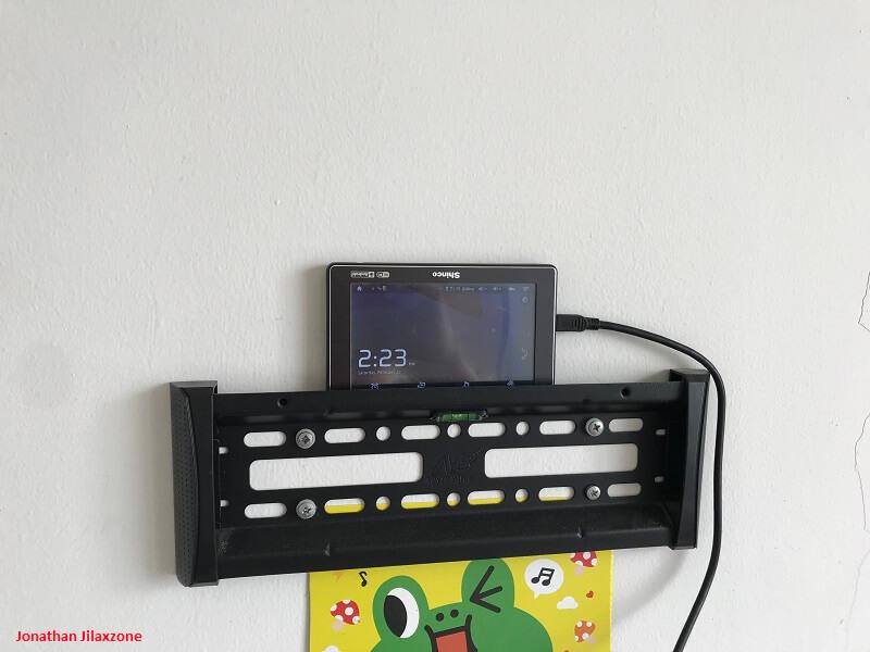 old gadget as wall clock jilaxzone.com